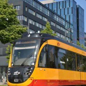 Straßenbahn für die Fachkräfte im Fahrbetrieb
